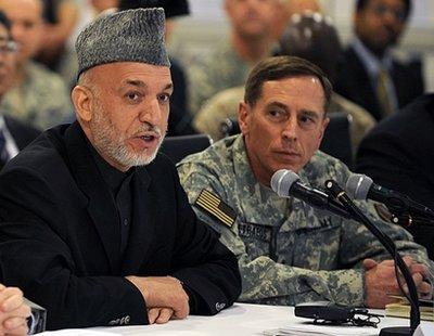 Karzai petraeus